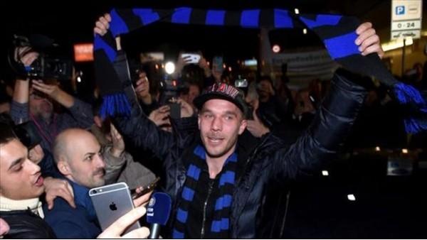 Podolski, Arsenal taraftarına teşekkür etti