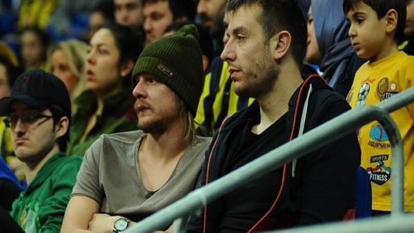 Fenerbahçeli oyuncudan ayrılık açıklaması