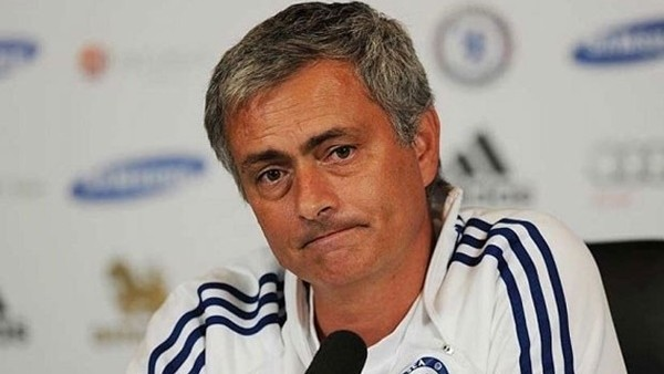 Mourinho'dan Beşiktaş'a kötü haber