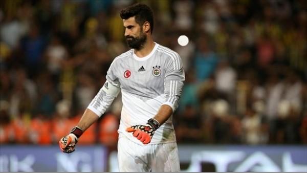 Volkan, Fenerbahçe'yi ipten aldı
