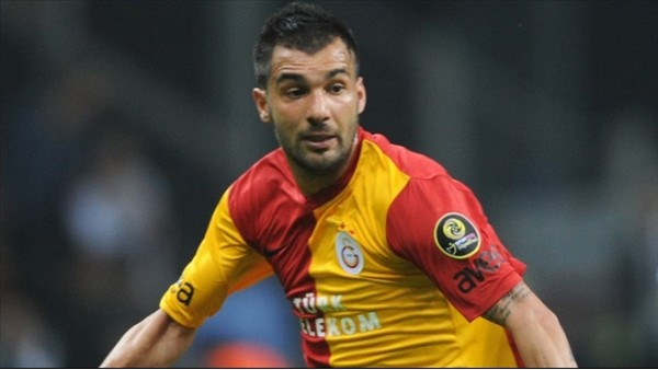 Engin Baytar'dan Galatasaray yönetimine rest