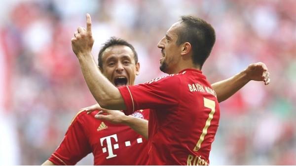 Bayern Münih'e iki isminden kötü haber