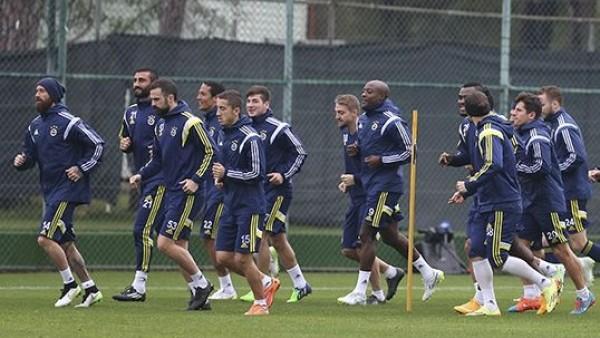 Fenerbahçe, ikinci yarı hazırlıkları devam ediyor