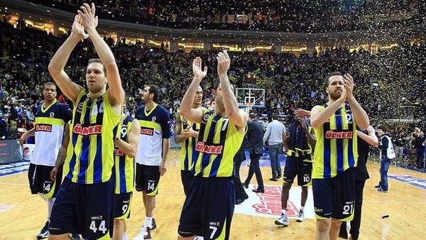 Fenerbahçe Ülker'in deplasmanda bileği bükülmüyor