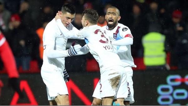 Trabzonspor, ilk yarıda hayal kırıklığı yarattı