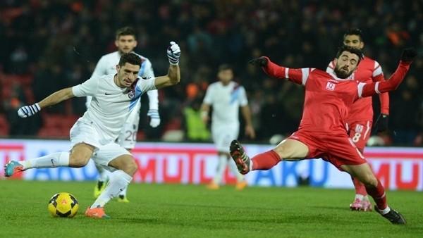 Trabzonspor deslasmanda Balıkesir'le berabere kaldı
