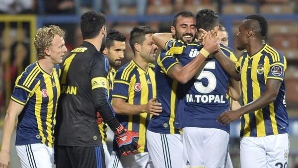 Fenerbahçe, üst üste 4. kez ilk yarıyı önde bitirdi!