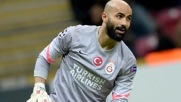 Galatasaray'da yedek kaleciler düşündürüyor