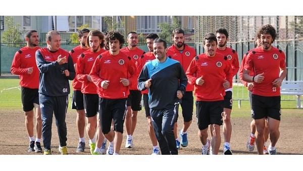 Albimo Alanyaspor'da Gaziantep Büyükşehir Belediyespor'a hazırlanıyor