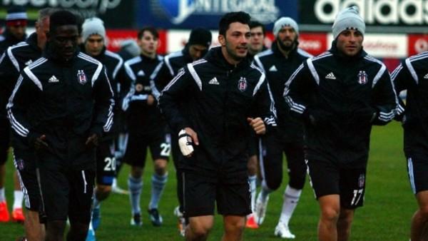 Beşiktaş'a Tolgay ve Opare müjdesi