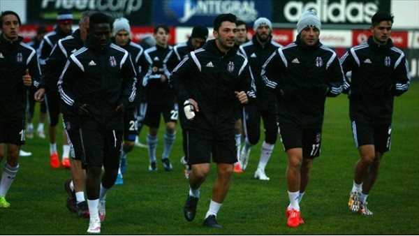 Beşiktaş'tan 6 futbolcuya 31 milyon Euro