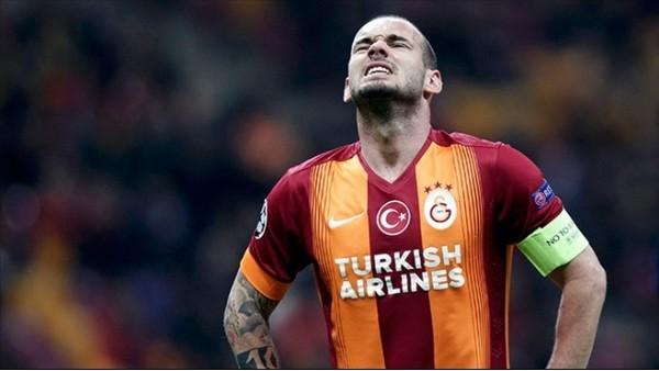 Sneijder'in 5 şutu da kaleyi tutmadı