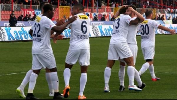 Mersin İdmanyurdu'nda 6 gollü galibiyet sevinci