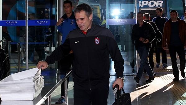 Trabzonspor, kupa için Manisa'ya gitti