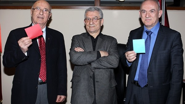 Trabzonspor'da oy pusuluları netleşti