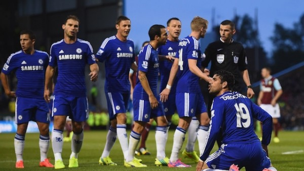 Chelsea, 2 puan kaybetti