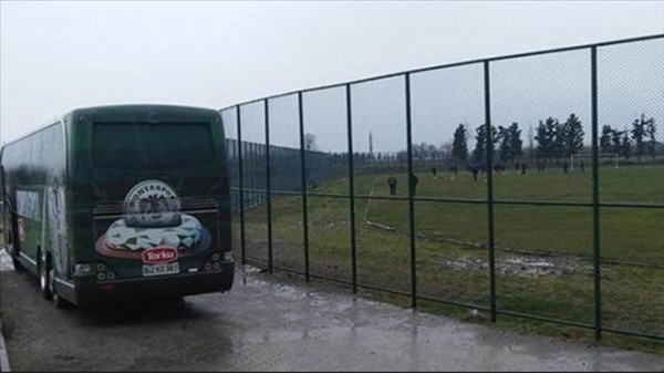 Balıkesirspor'da çim saha tartışması