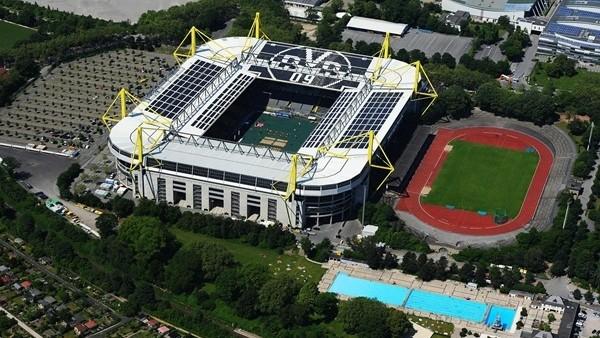 Borussia Dortmund'un stadında bomba bulundu