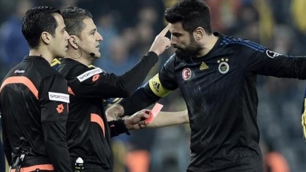 Volkan Demirel'den küfür açıklaması! 'Sahada futbolcu kalmaz'