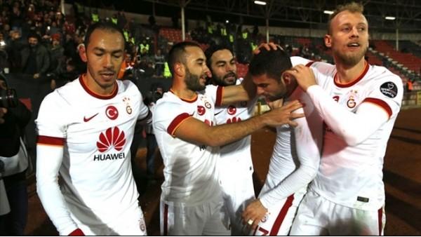 Galatasaray, eskiye dönüyor