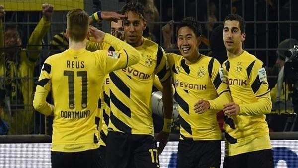 Borussia Dortmund sahasında Mainz'i 4-2 yendi