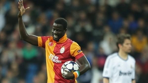 Galatasaray, 3 kadro dışı oyuncuya servet dağıtacak!