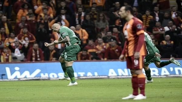 Galatasaray Hamza Hamzaoğlu yönetiminde ilk kez...