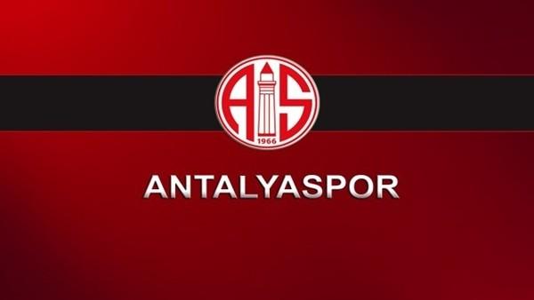 Antalyaspor'da tüm futbolculara para cezası verildi