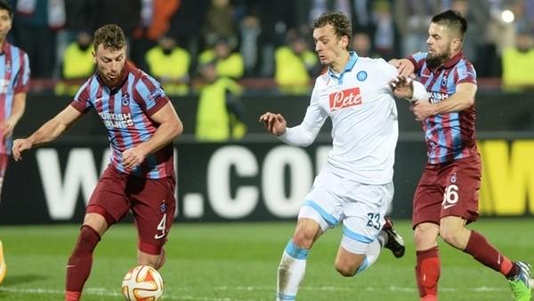 Trabzonspor, Napoli'ye 4-0 mağlup oldu