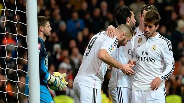 Real Madrid, Deportivo'yu 2-0 yendi.