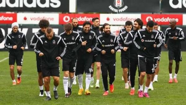 Beşiktaş, maç saatini beklemeye başladı