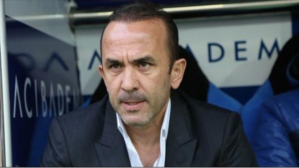 Mehmet Özdilek: 'Hakemler futbolun aktörleri haline geliyor, hoş değil'
