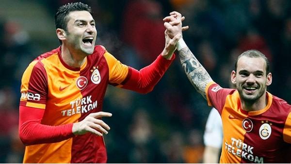 Burak Yılmaz ile Sneijder 11. kez birlikte gol attı