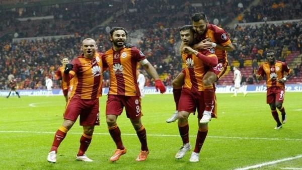 Galatasaray'da galibiyetin şifresi: Sneijder