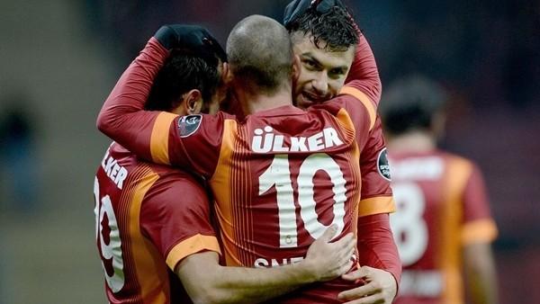 Galatasaray, Balıkesirspor'u 3 -1 yendi