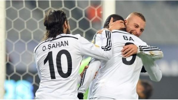 Beşiktaş'ın yıldızları Olcay ve Demba Ba