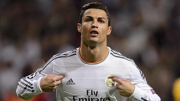 Ronaldo'nun menajerinden Sneijder örneği!