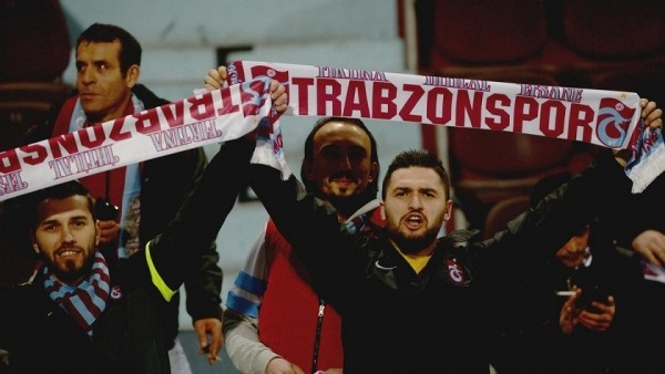Trabzonspor-Napoli maçında Fenerbahçe'ye tepki