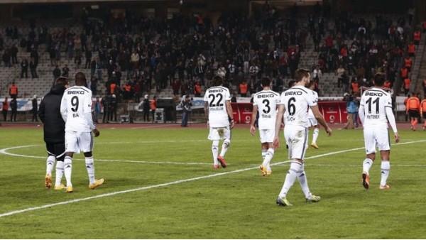 Beşiktaş 100. yıldaki puanına ulaşamadı