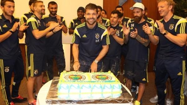 Diego Ribas'a doğum günü sürprizi