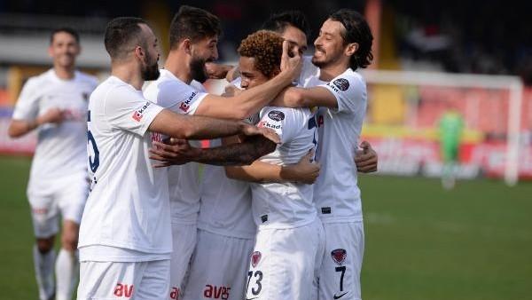 Mersin İdmanyurdu'nda 6 gollü galibiyet coşkusu