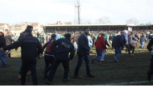 3.Ligdeki o maçta olay çıkaranlar için işlem yapıldı
