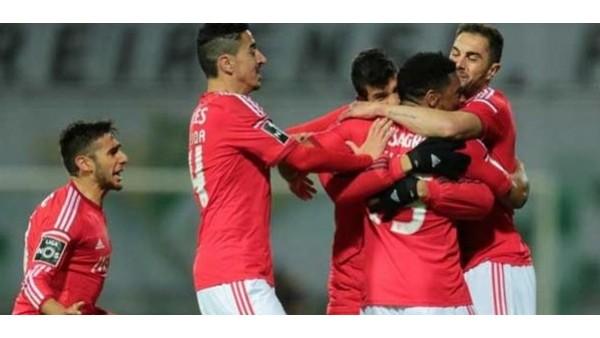 Benfica'nın golcü savunmacıları