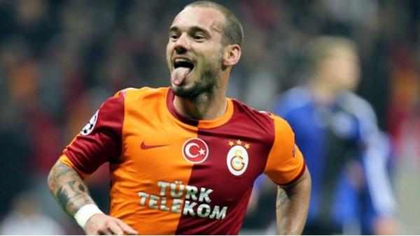 Sneijder'den muhteşem gol