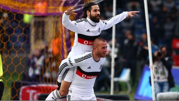 Beşiktaş, liderlik için sahaya çıkıyor