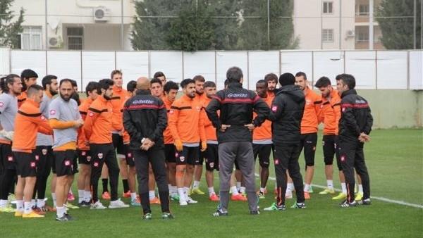 Adanaspor'da G.Antep B.B.Spor mesaisi