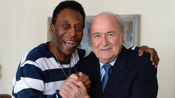 Pele'den Blatter'e destek