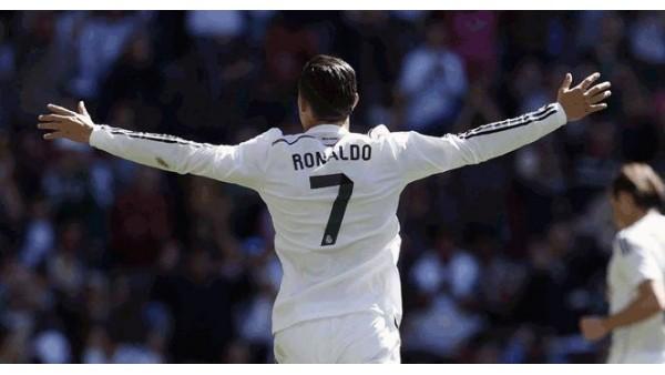Ronaldo gözünü Raul'un rekoruna dikti