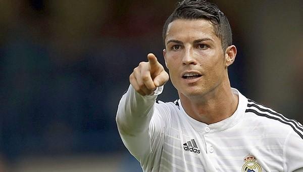 Cristiano Ronaldo 40 takıma bedel