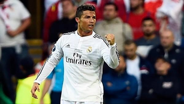 Cristiano Ronaldo frikik suskunluğunu bozdu